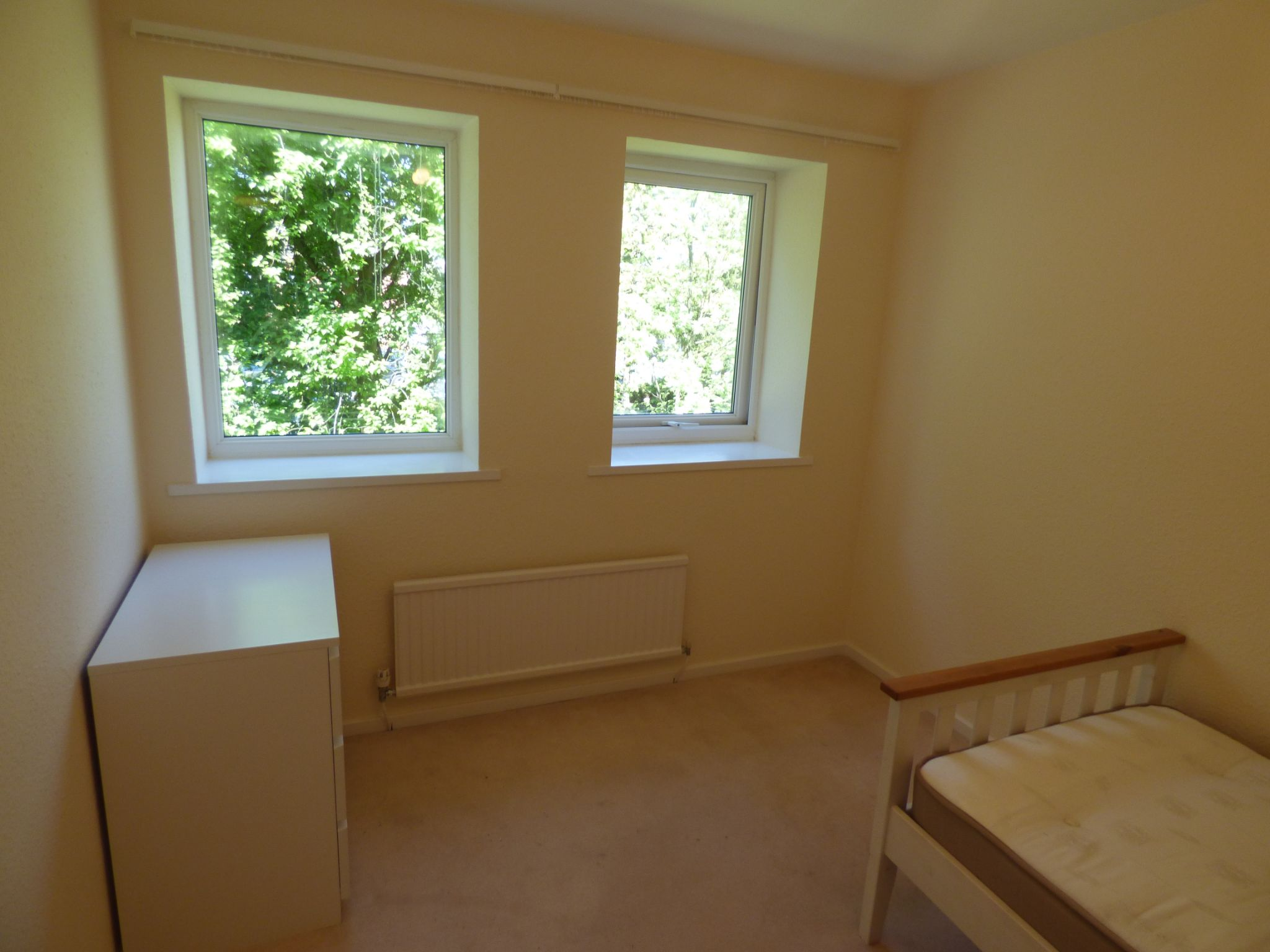 2 Bedroom Apartment Flat/apartment For Sale - Photograph 19