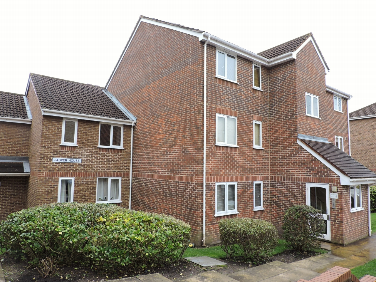 1 bedroom apartment flat/apartment Let Agreed in Worcester Park - Property photograph