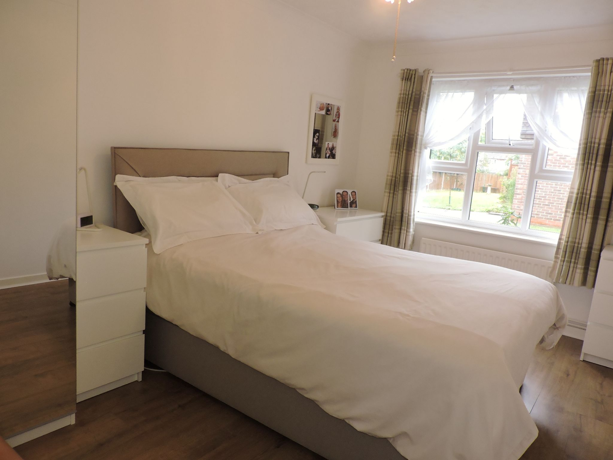 1 bedroom ground floor maisonette flat/apartment Sale Agreed in New Malden - Photograph 6