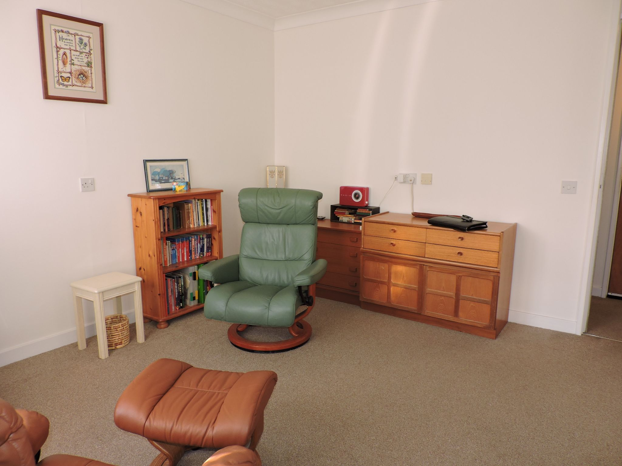1 bedroom maisonette flat/apartment Sale Agreed in New Malden - Photograph 4