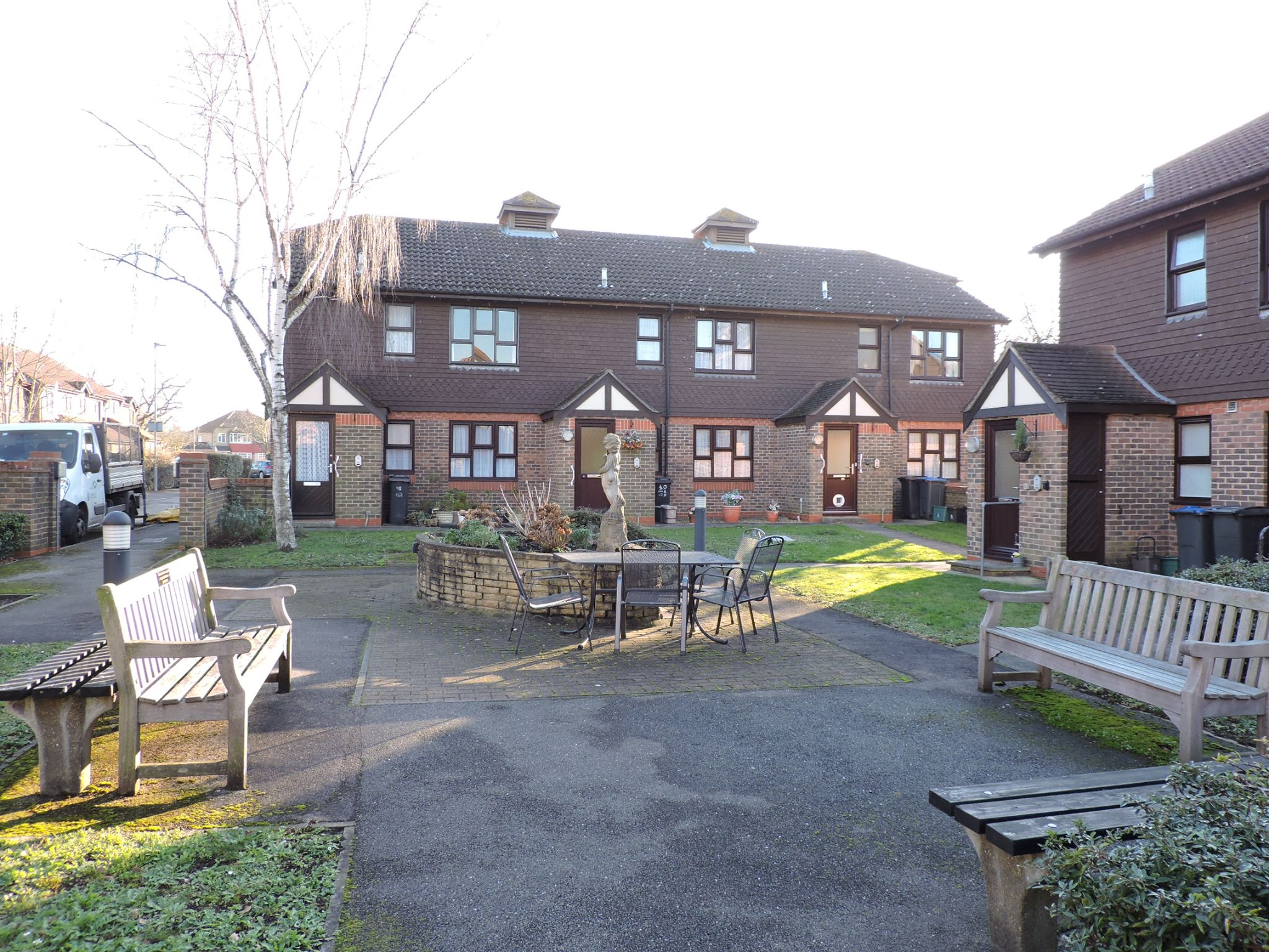 1 bedroom apartment flat/apartment Sale Agreed in New Malden - Photograph 12