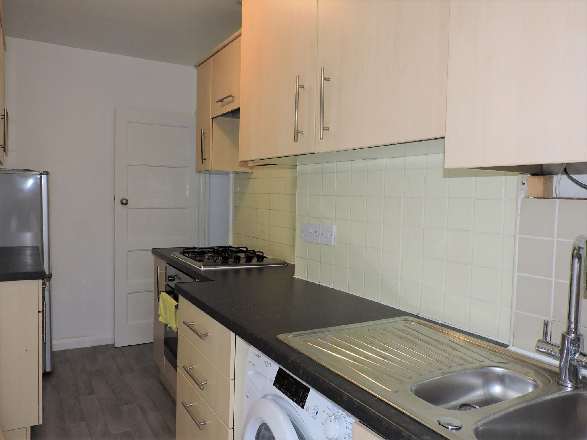 2 bedroom ground floor maisonette flat/apartment Let Agreed in New Malden - Photograph 6