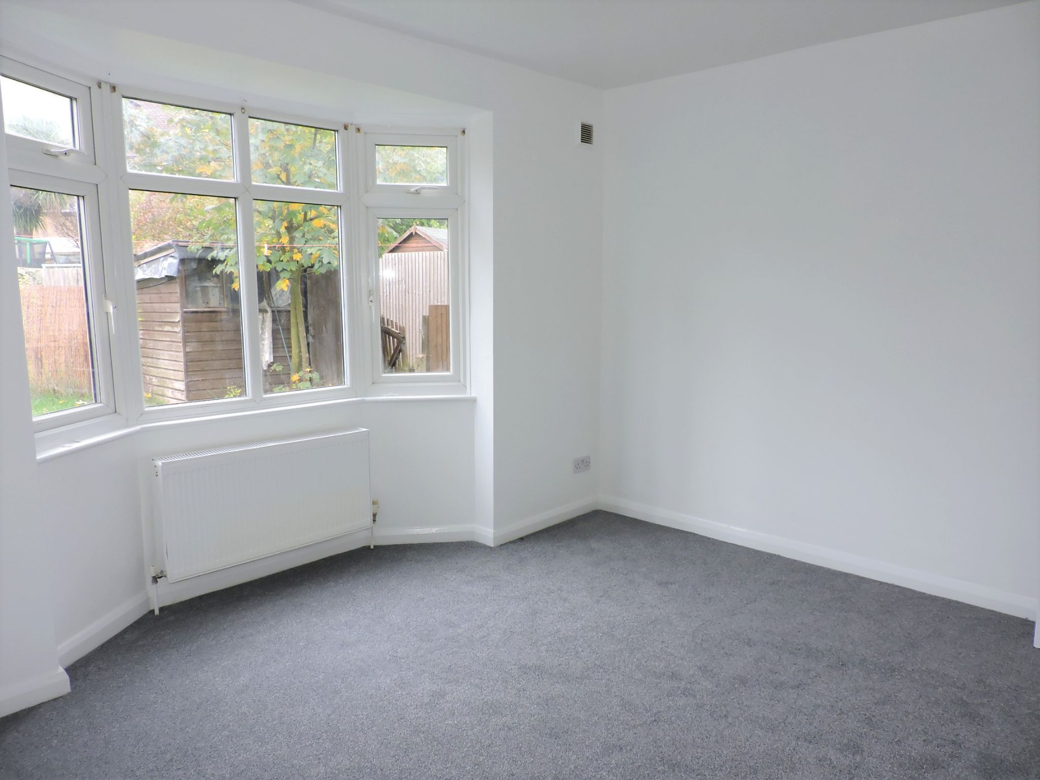 2 bedroom ground floor maisonette flat/apartment Let Agreed in New Malden - Photograph 7
