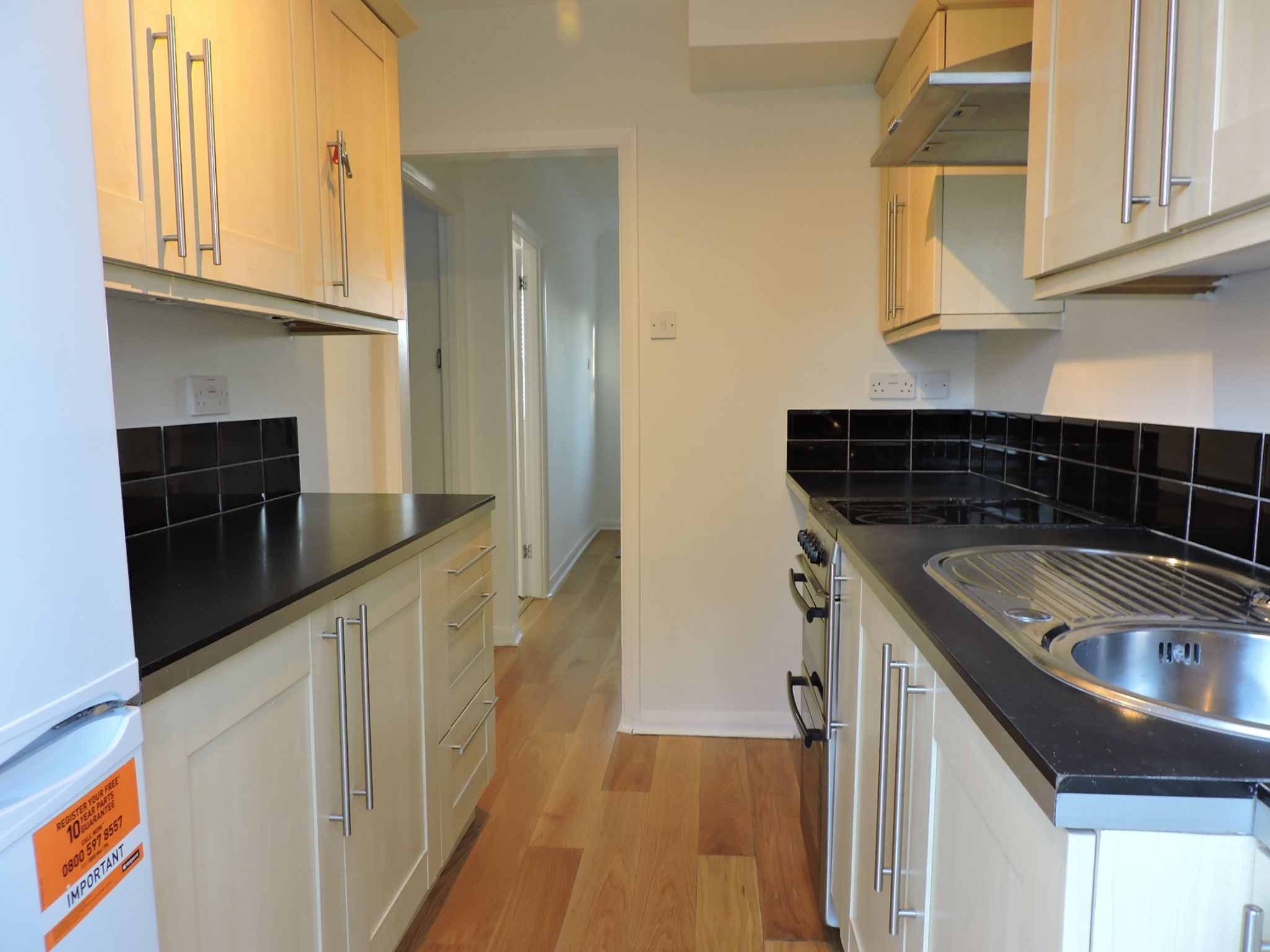 3 bedroom end terraced house Let Agreed in New Malden - Photograph 9