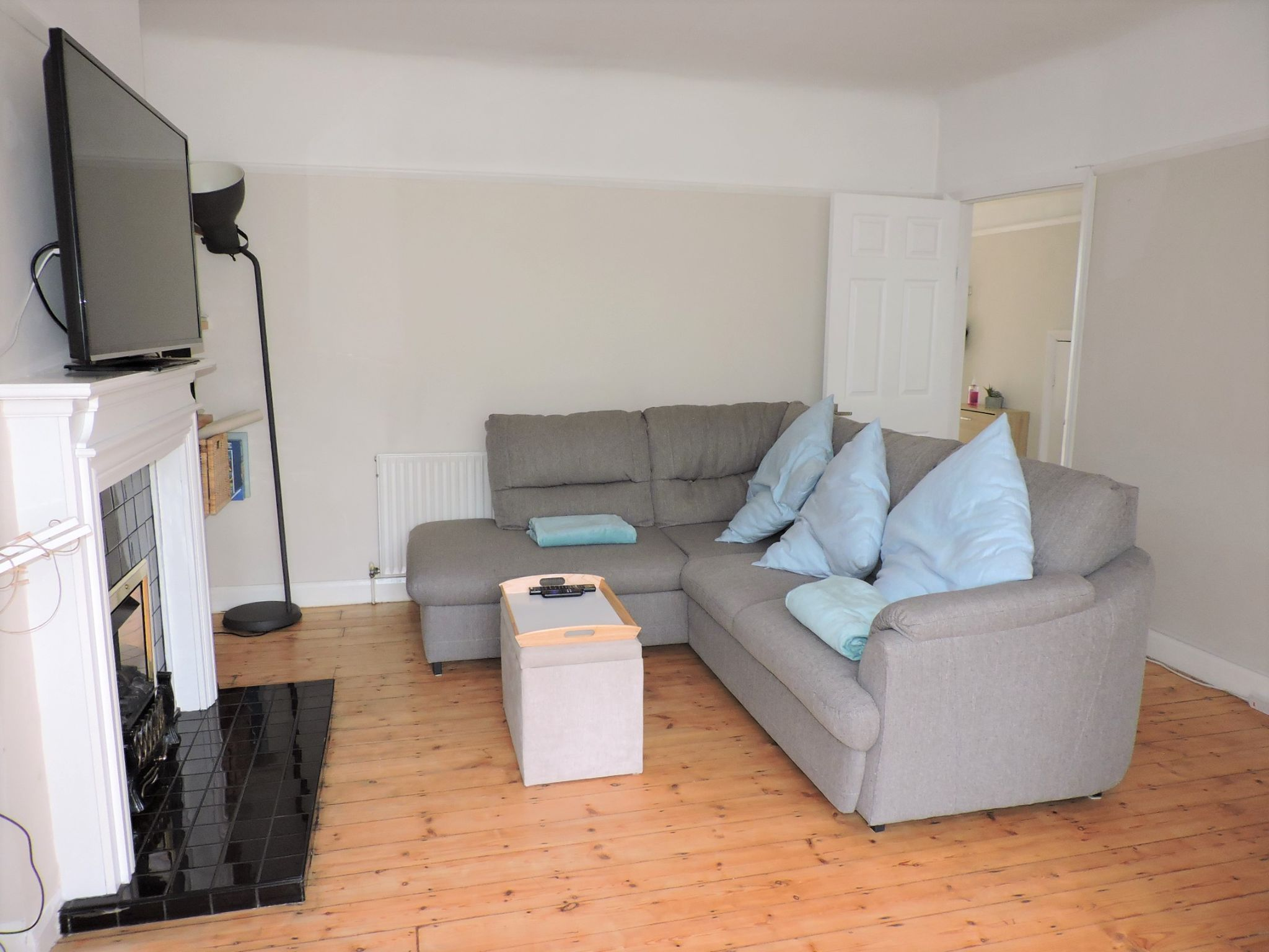 1 bedroom flat flat/apartment For Sale in London - Property photograph
