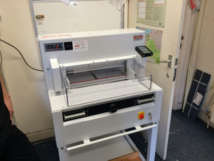 Ideal 4855 Guillotine blade change and serviced