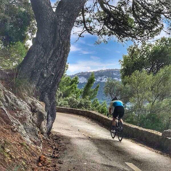 the road to port de valldemossa
