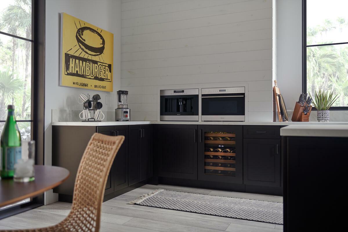 ICBDEU2450 W caligreen kitchen Low Resolution