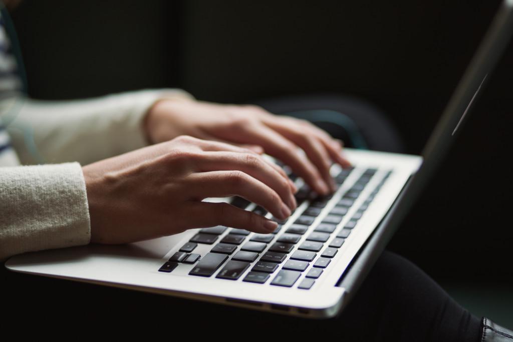 5 Reasons to Hire a Freelance Copywriter