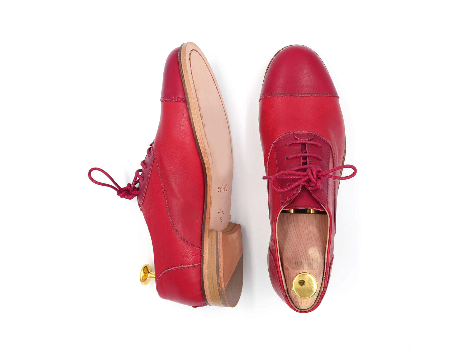 Photo Zoom Rubie Red and dark-red leather derbies
