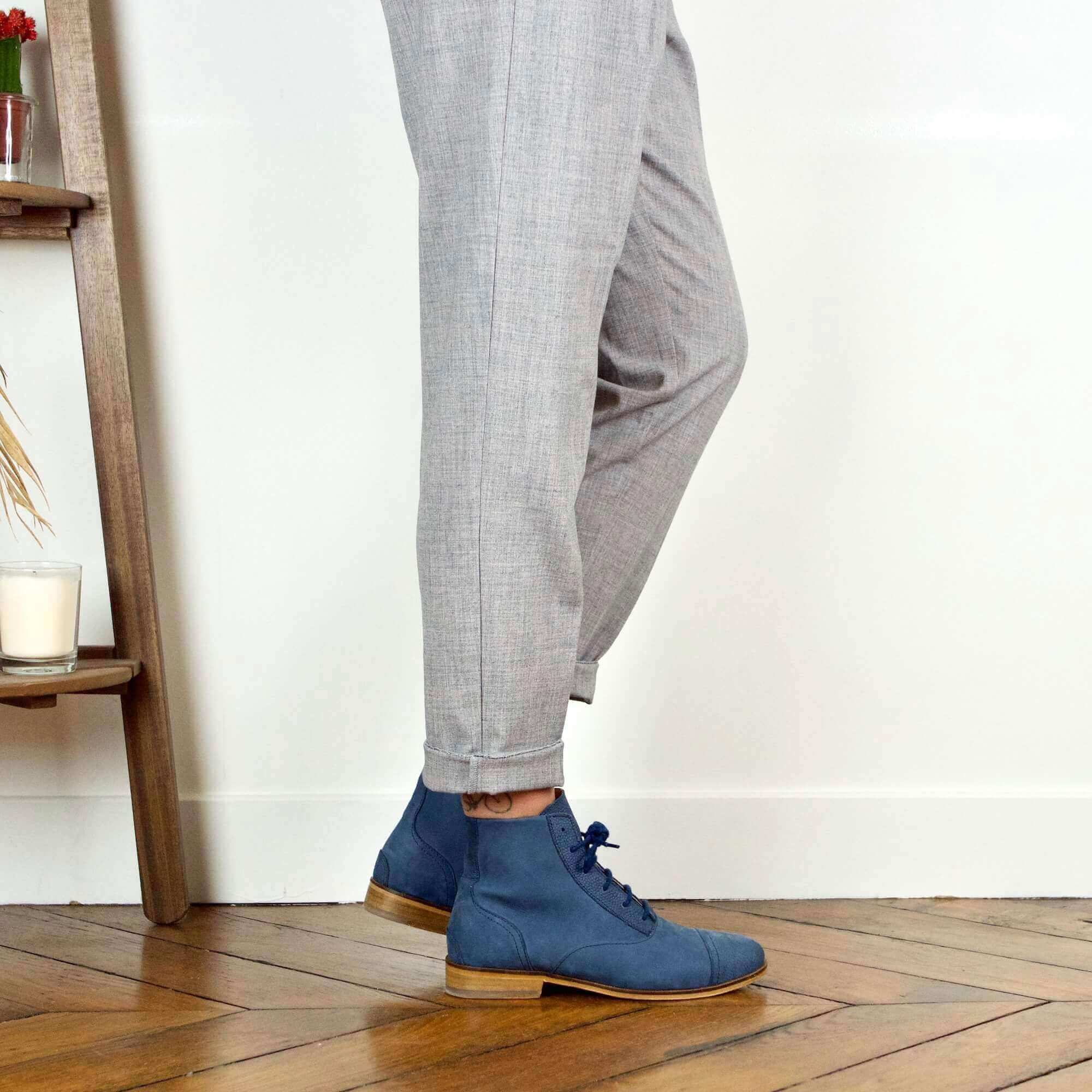 Mama Navy Navy blue nubuck boots picture
