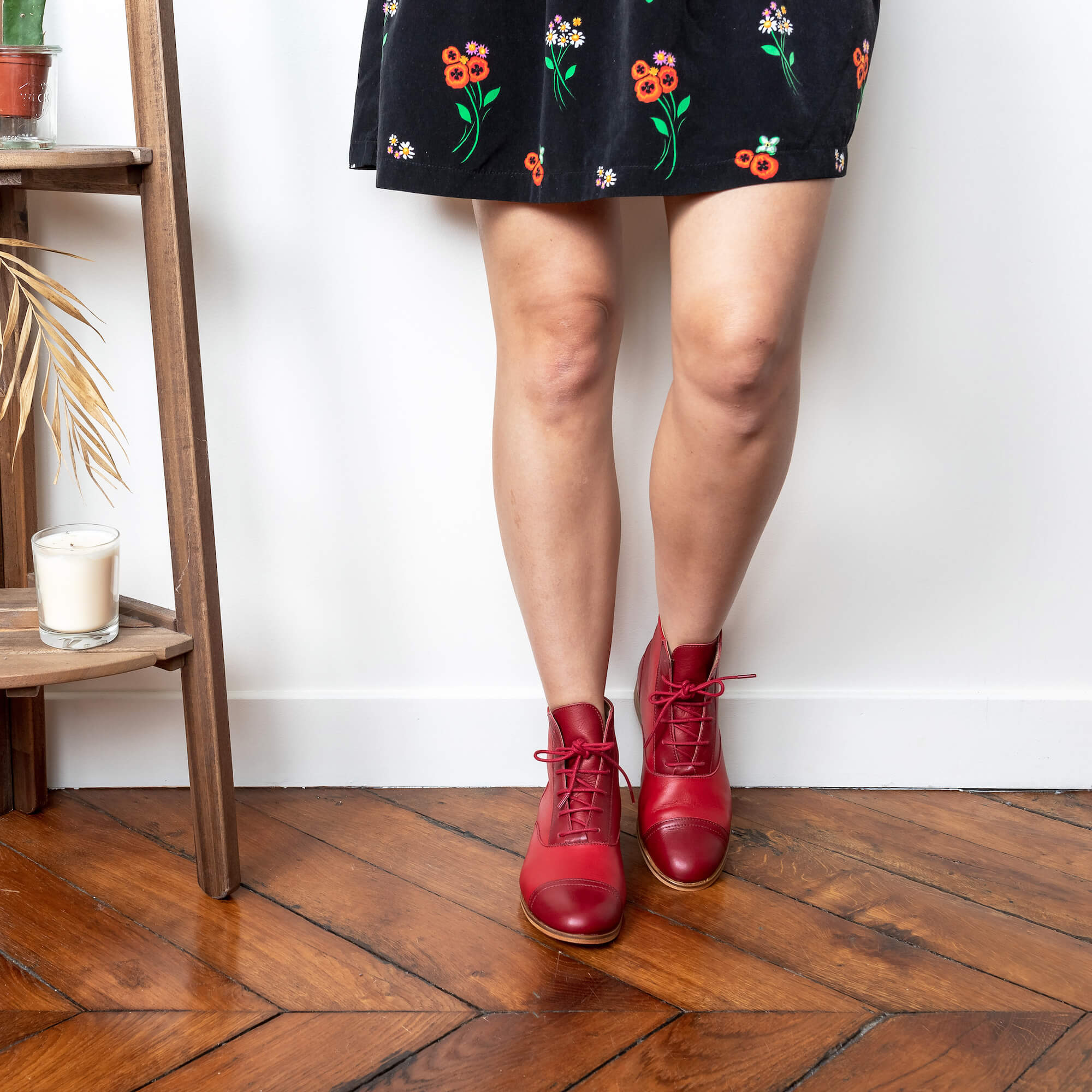 Mama Rubie Red and dark red leather boots picture