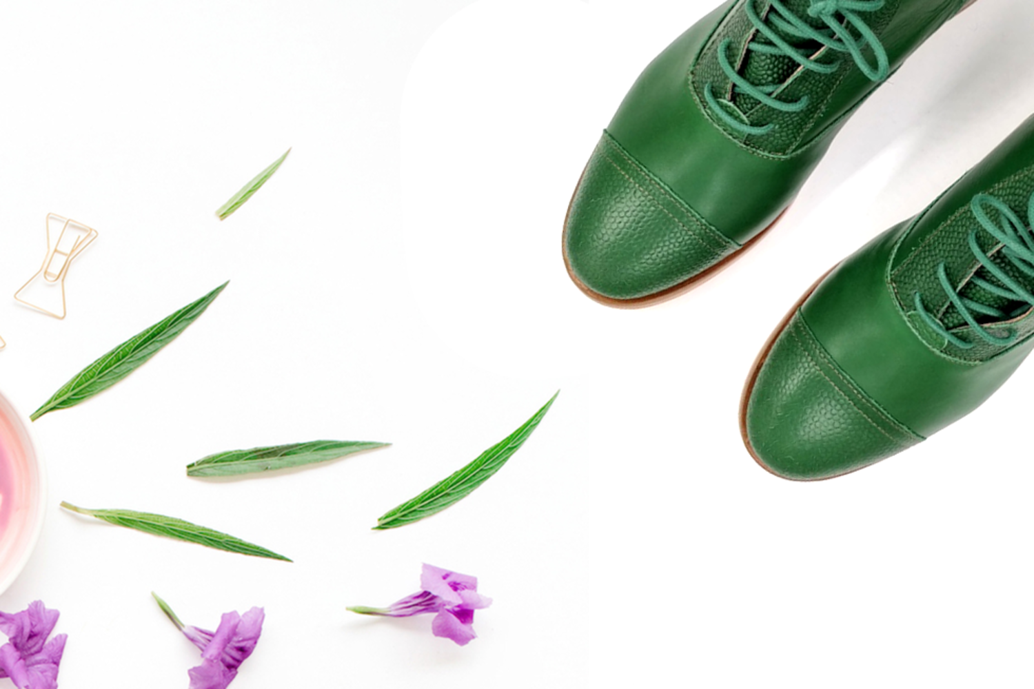 How to wear green boots