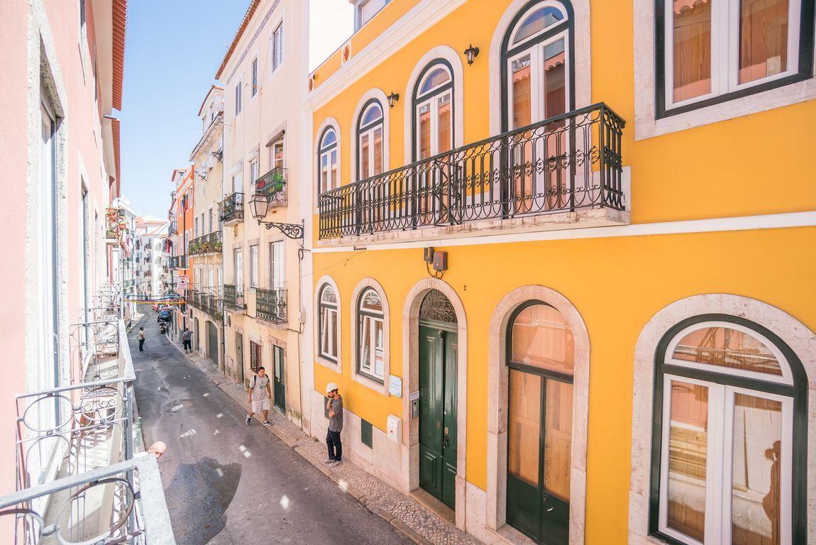 Lisbon Apartments for Sale - Two Bedroom Lisbon Apartment ...