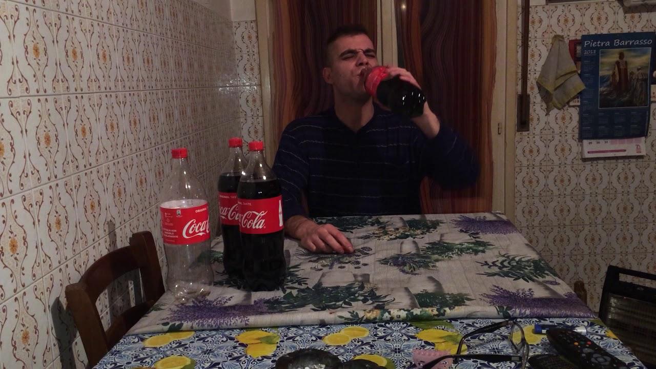 Bevo più coca c ...