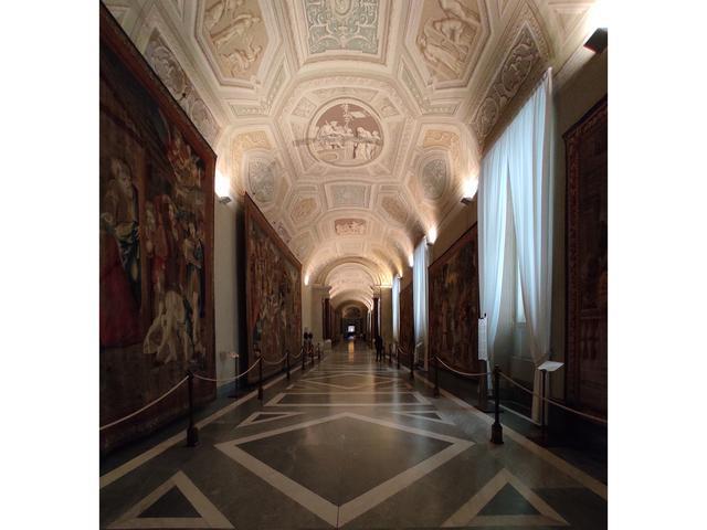 Galleria degli Arazzi
