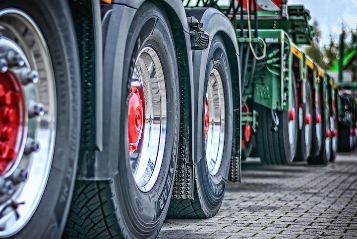 La Confederación Española de Transporte de Mercancías (CETM) a debate las 44 toneladas