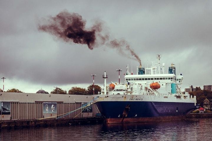 las navieras tienen la obligación de habilitar sus buques antes de enero de 2020 según  la nueva normativa OMI