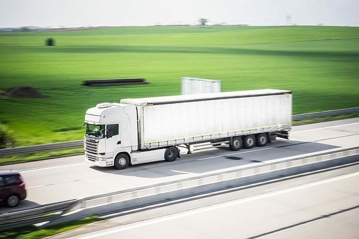 Casi la mitad de las empresas de transporte han tenido que acogerse a alguna regulación de empleo