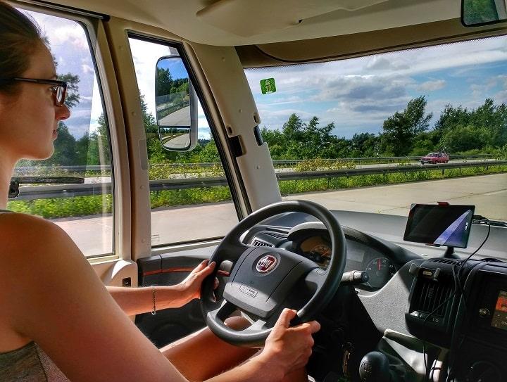 La mujer en el sector del transporte de mercancías
