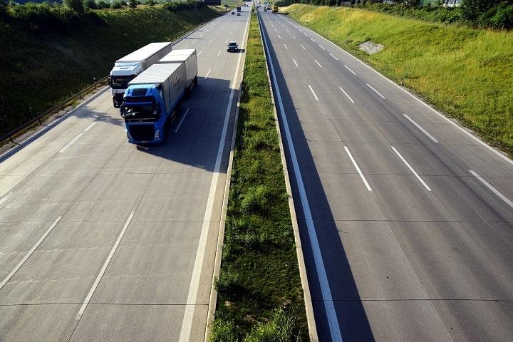 Navarra descarta por el momento prohibir la circulación a camiones por la N-121-A