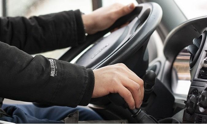 El Gobierno modifica los tiempos de conducción y descanso para los transportistas