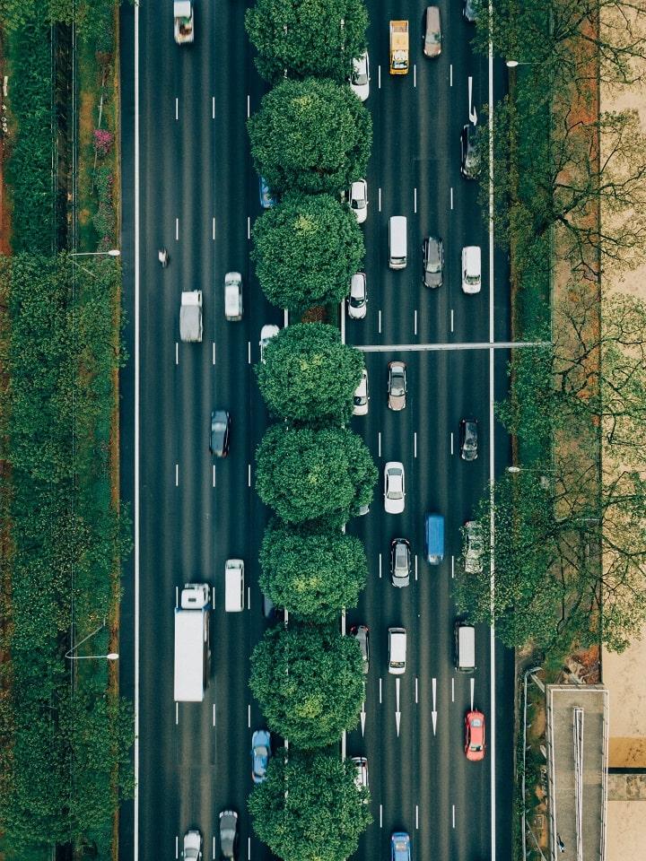 Radares ilegales que te multan cuando adelantas: La DGT tendrá que devolver 100 euros a miles de conductores