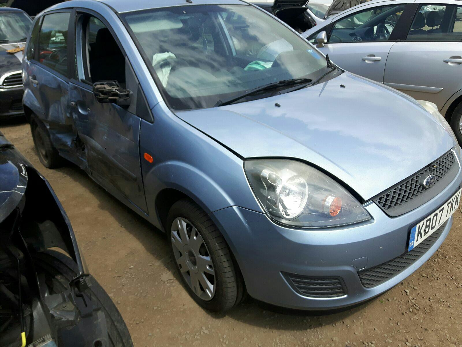 FORD FIESTA STYLE 16V 5049225