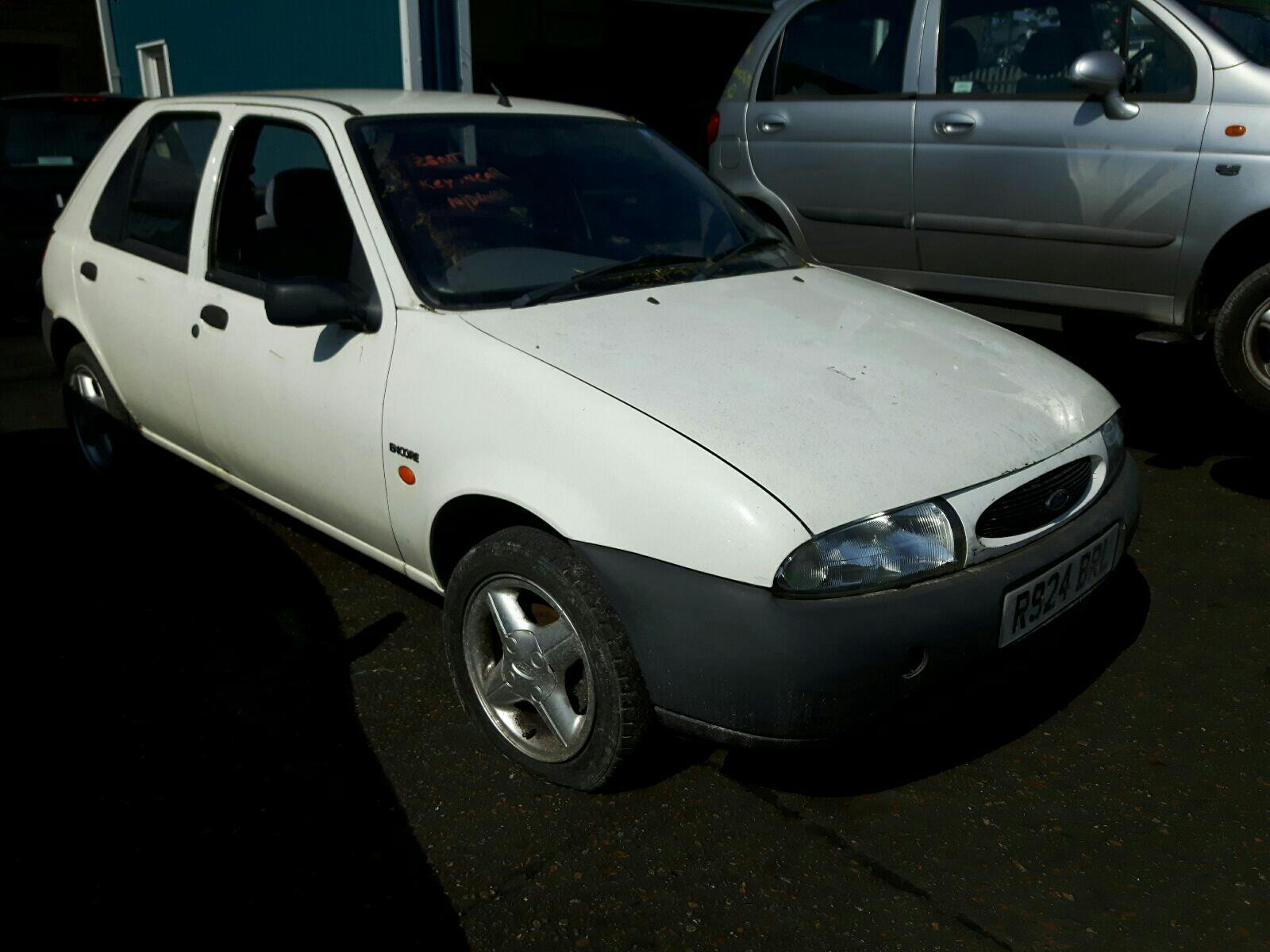 FORD FIESTA ENCORE PLUS 5006566