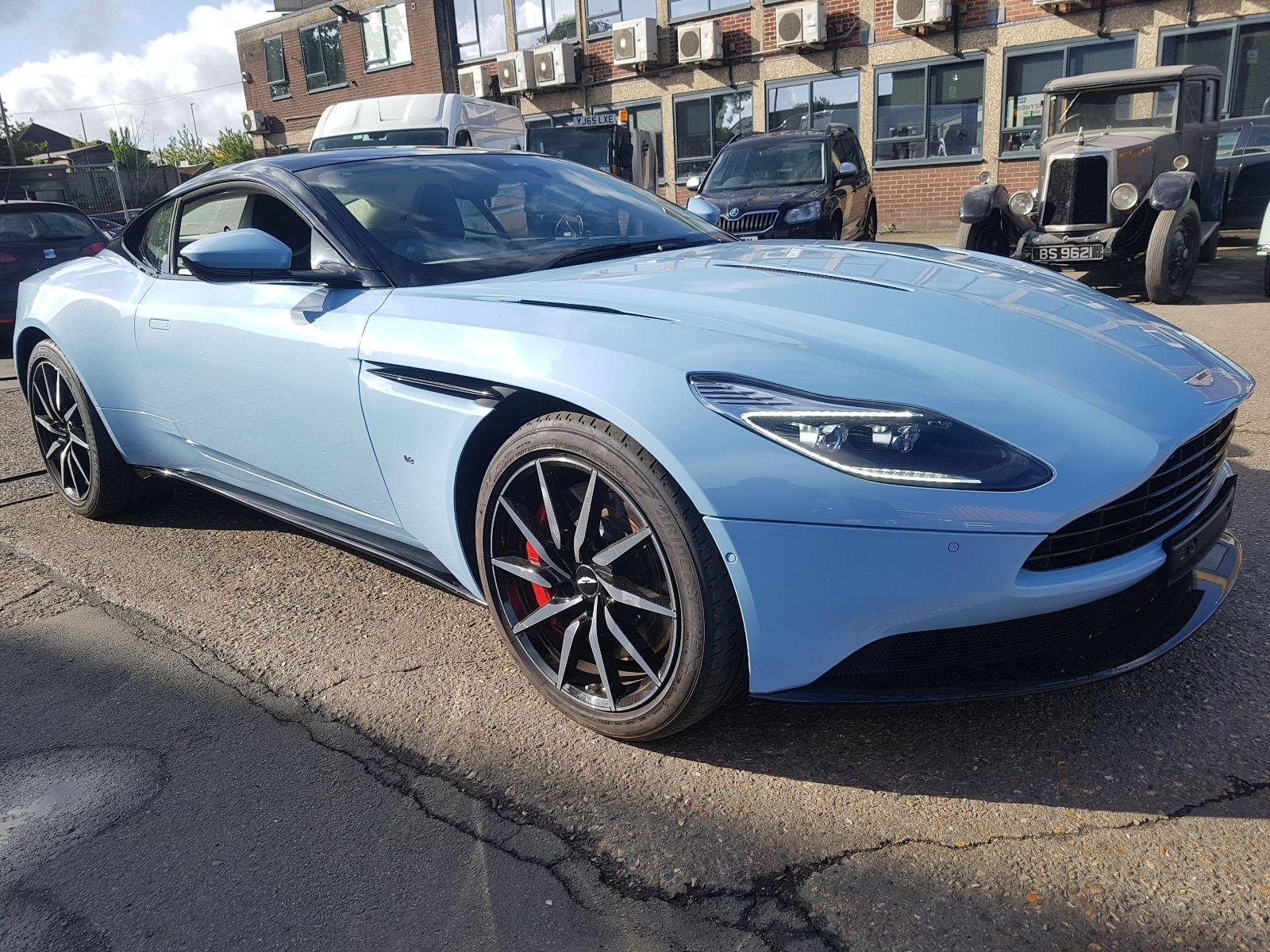 ASTON MARTIN DB11 V12 LAUNCH EDITION 4965608