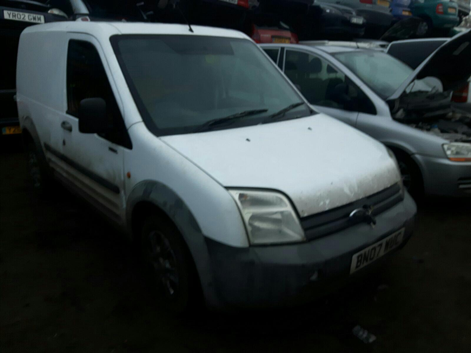 dcfdac40a2 FORD TRANSIT CONNECT T200 L SWB 75 TDCI - Breaking Vehicles at PickAPart