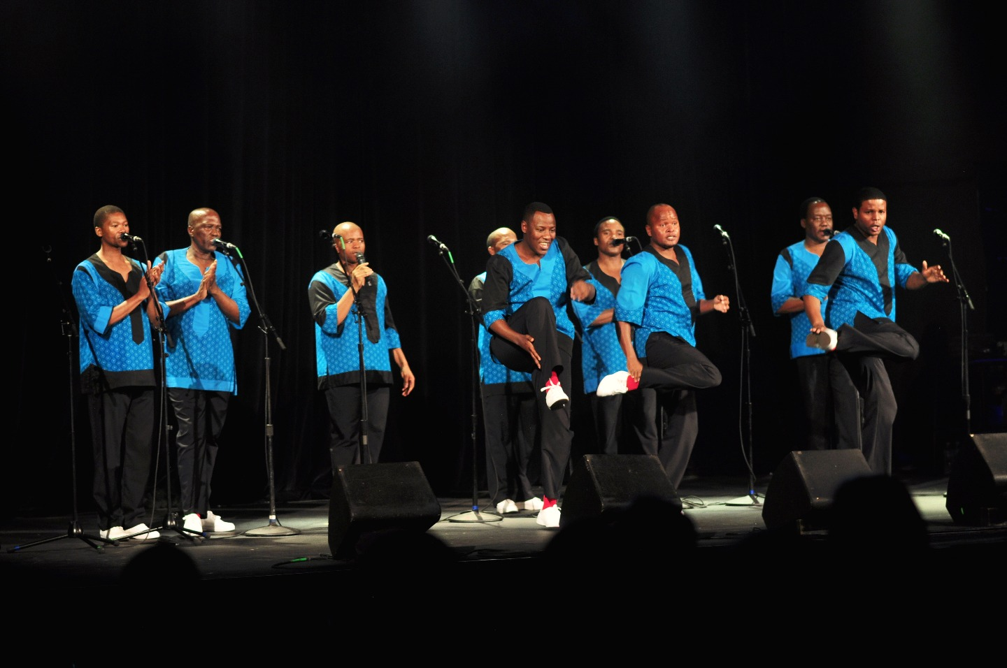 https://s3.eu-west-2.amazonaws.com/tshwane2018/Ladysmith_Black_Mambazo.jpg