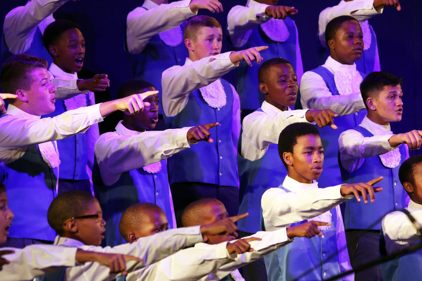 https://s3.eu-west-2.amazonaws.com/tshwane2018/drakensburg_boys_choir.jpg