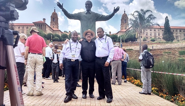 https://s3.eu-west-2.amazonaws.com/tshwane2018/mandela_statue_union_buildings.png
