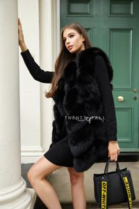Black Overlap Fox Fur Gilet