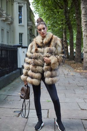 Green 5 Ring Fox Fur Coat