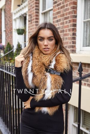 Natural Raccoon Fur Scarf with White Stripe