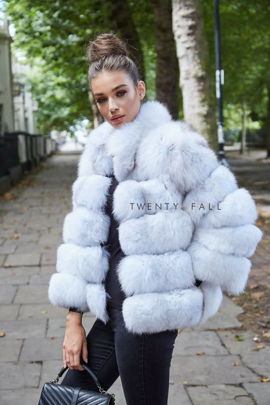 Natural White 5 Ring Fox Fur Coat with Collar