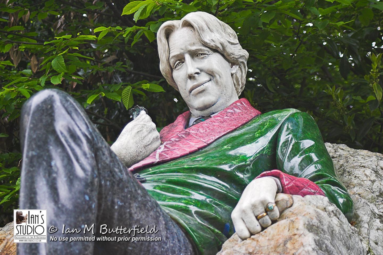 SALE 15 Nov 2017: Oscar Wilde statue – FIRST Sale