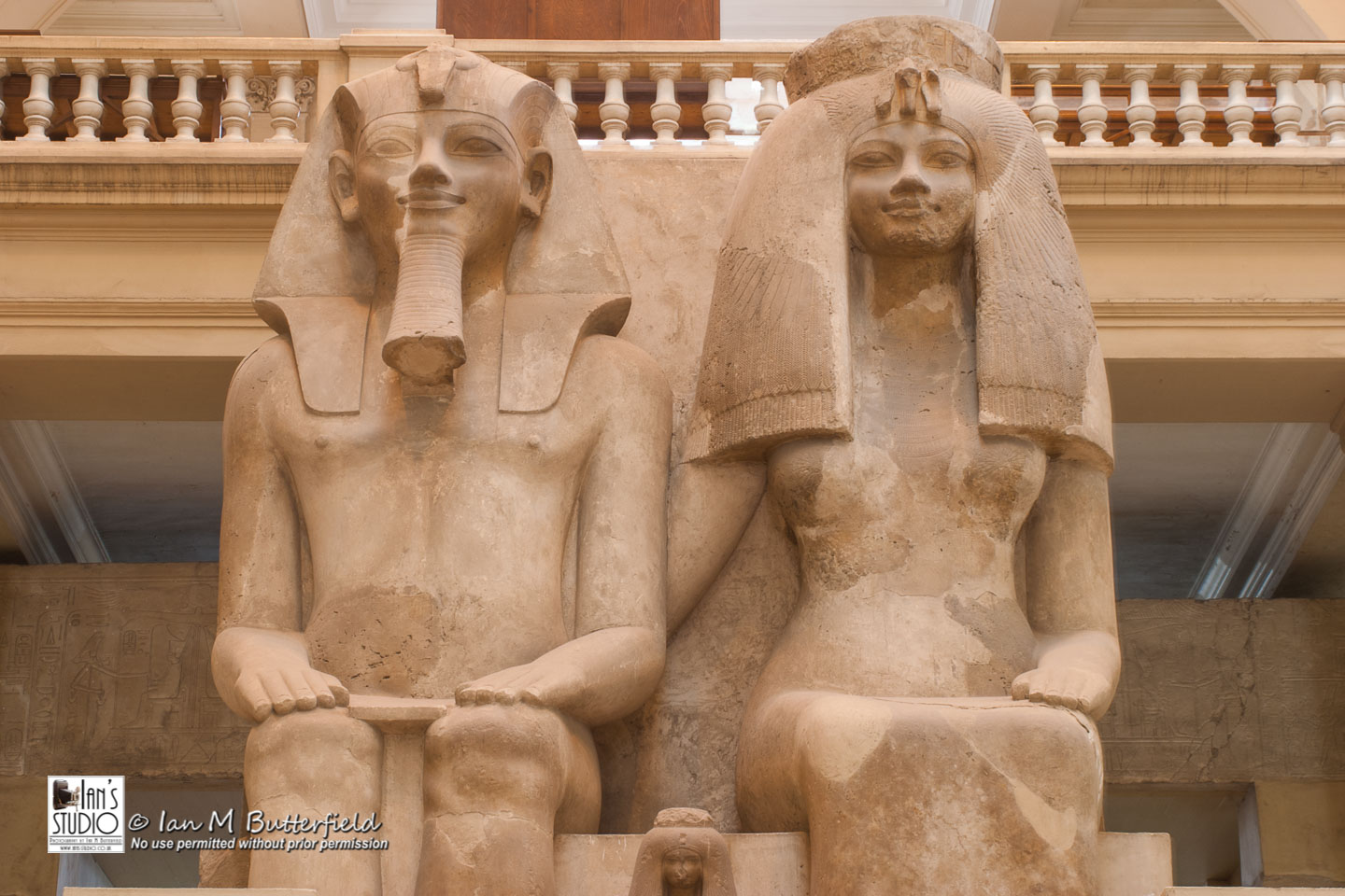 SALE 17 Sep 2018: Amenhotep III and Queen Tiye Statue at the Cairo Museum. – FIRST Sale