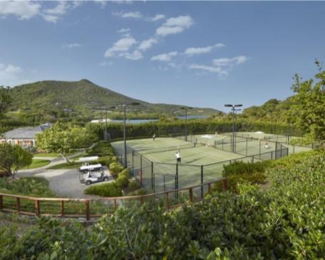 Play tennis at Mandarin Oriental, Canouan