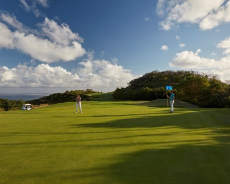 Enjoy a round of golf at Mandarin Oriental, Canouan