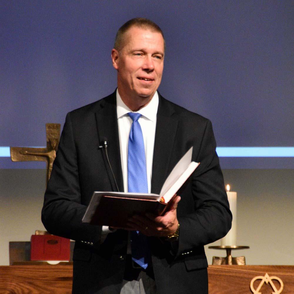 Giving devotion in chapel