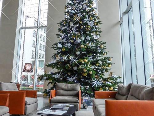 reception_Christmas_decorations