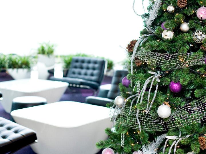 Christmas_White_&_Purple_tree