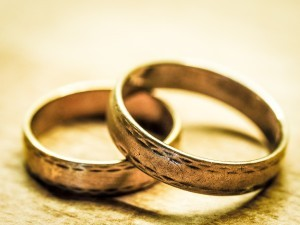 Former senior High Court judge says marriage laws are outdated