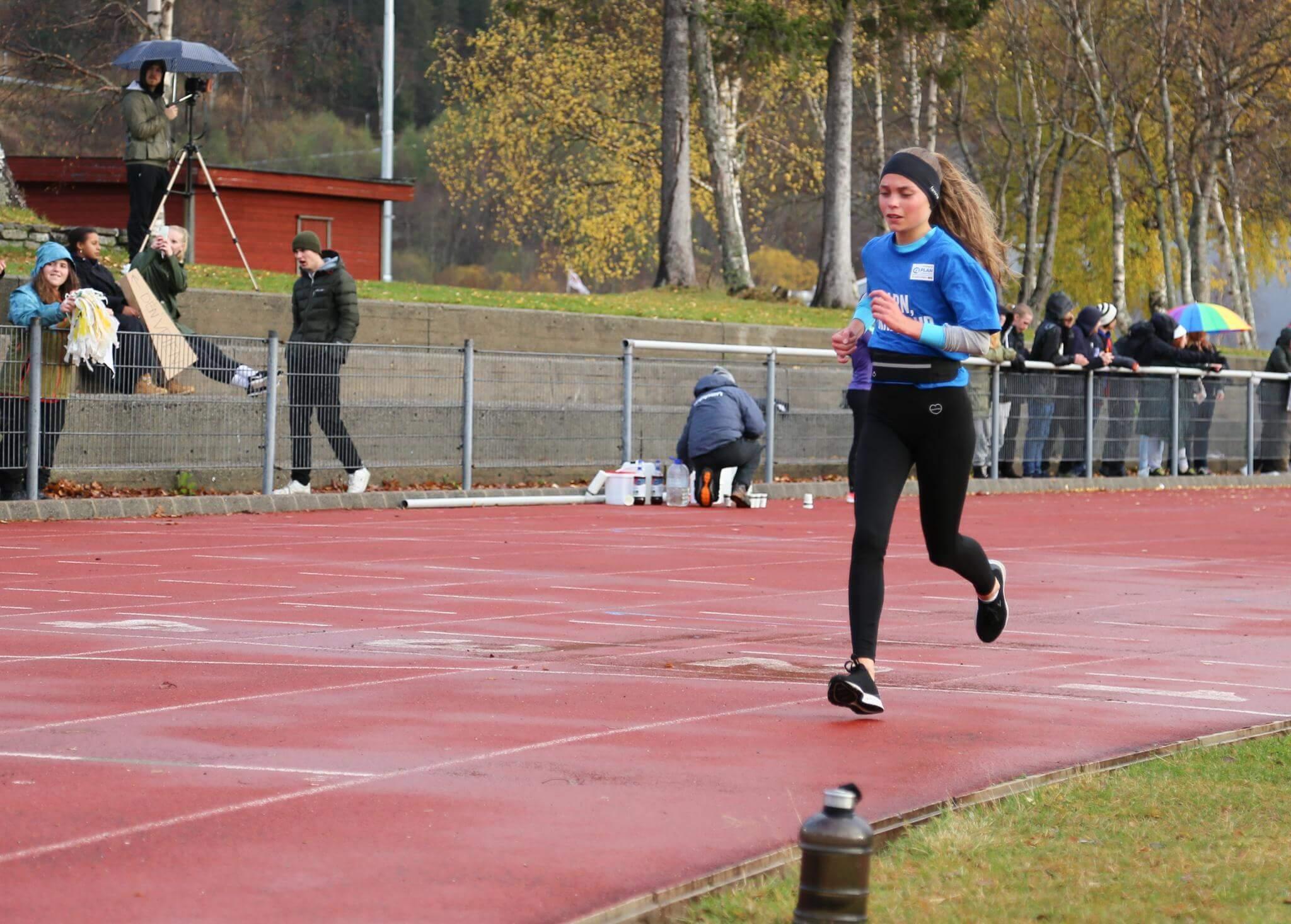 Alle løperne var fantastiske, men Frida Hatlen utmerket seg i dag. Foto: Kjærstin Berntzen