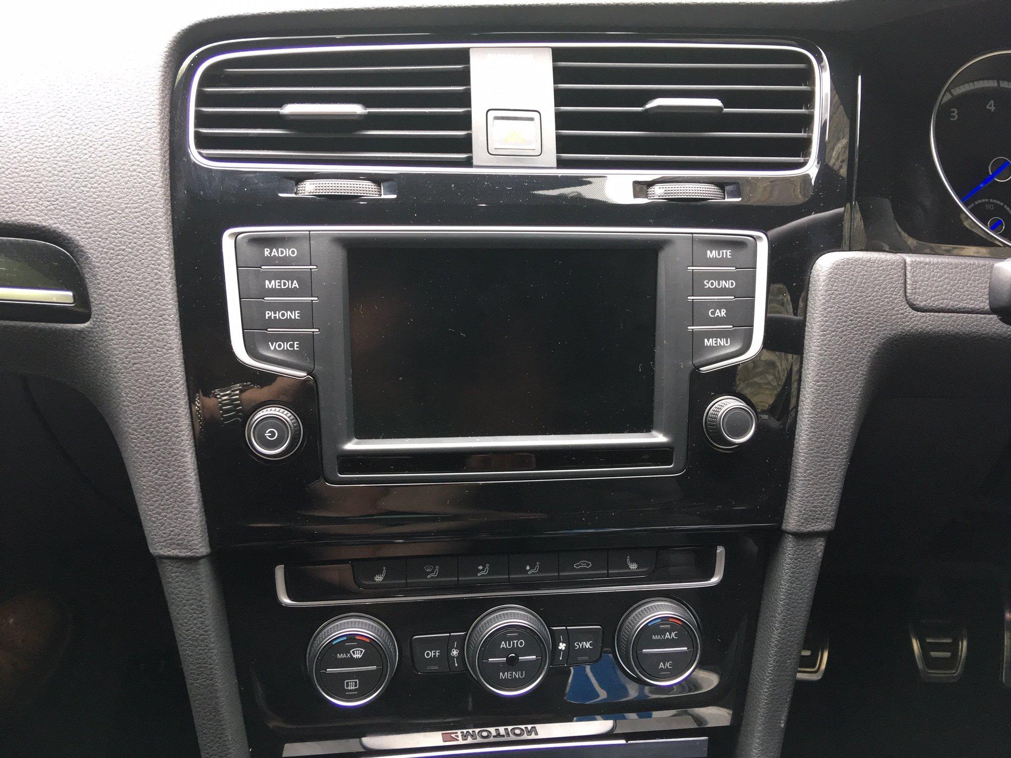 8'' screen upgrade - Modifying your Golf R MK7 - VWROC - VW