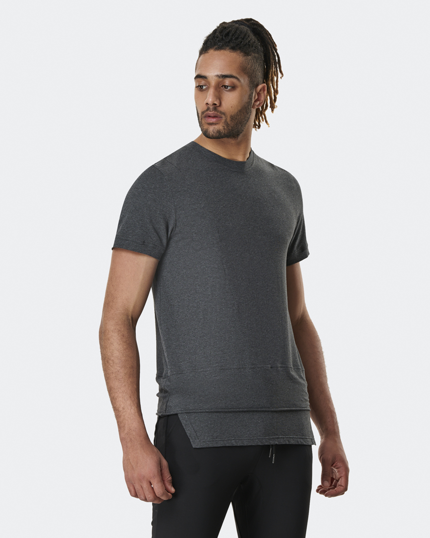 warrior addict mens yoga top a symmetry t-shirt in grey front model shot