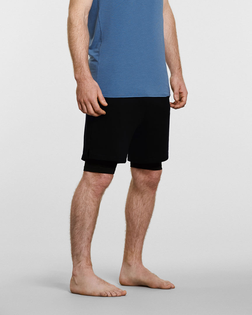 Mens yoga shorts with under in black side shot